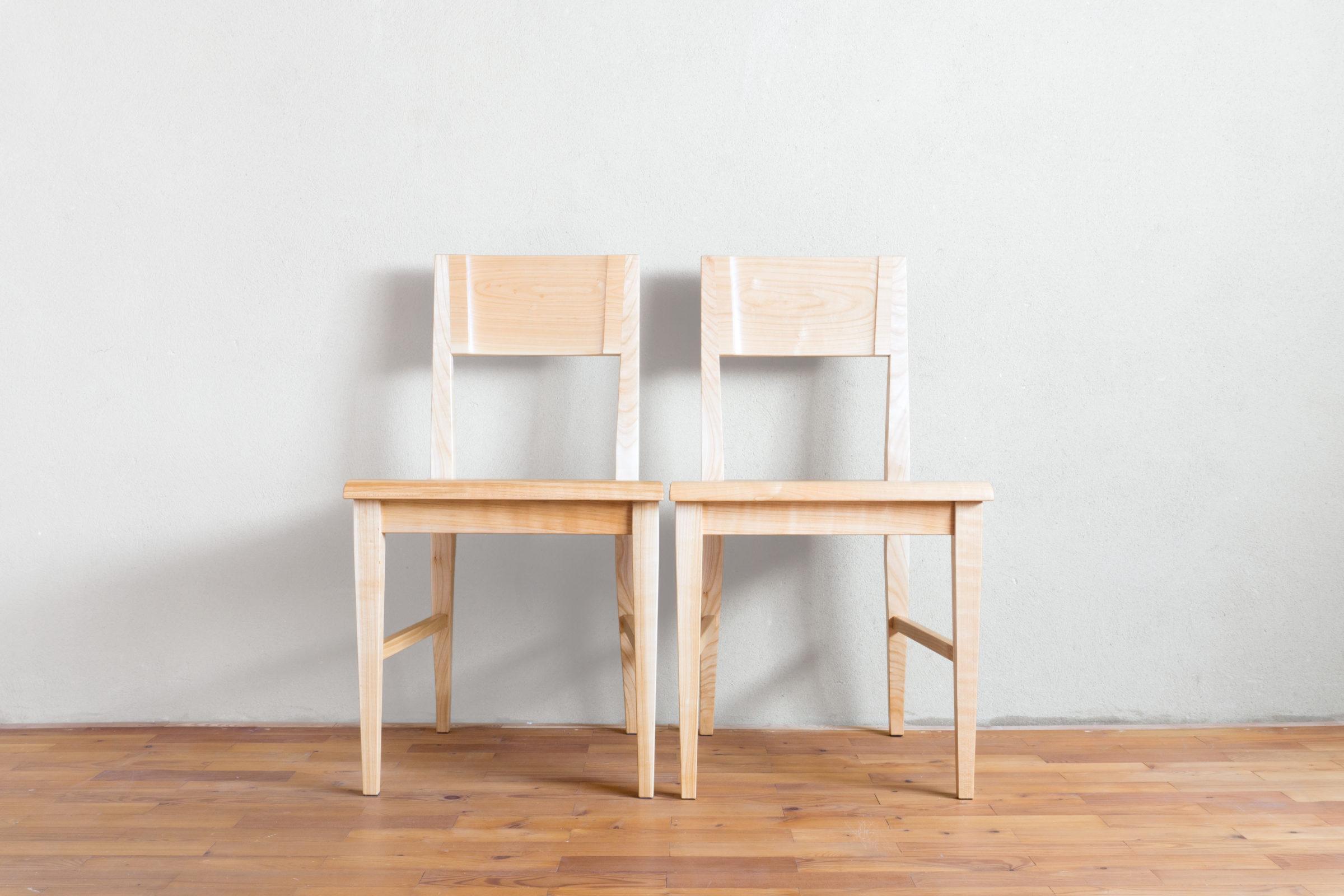 Stühle, Massivholzmöbel handgemacht, Hochwertige Möbel aus Massivholz, Holzoberflächen handgehobelt, Einzelmöbelstücke, The Trees of Life